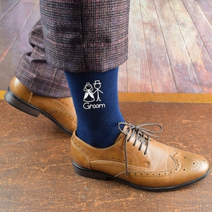 Navy Blue Wedding Socks with Bride /& Groom Cartoon Figures can be personalised with Date