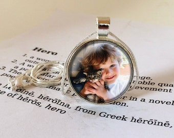 Personalised Necklace, Custom Photo Pendant, Christmas Gift, Custom Photo Necklace, Personalised Necklace, Your Own Photo, Gift For Mum