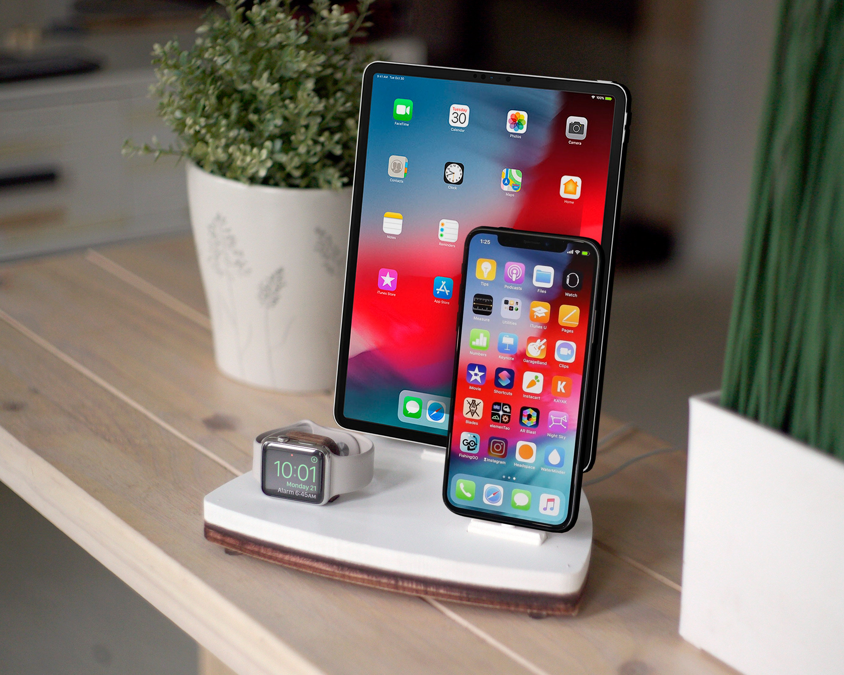 separation shoes 0c4f2 1bd94 TRIO 1 White | Charging Station | iPhone Xs Xr 8 iPad Apple Watch Apple Tv  | Best Apple Organizer | Wood Stand | Birthday Gift | Home Decor