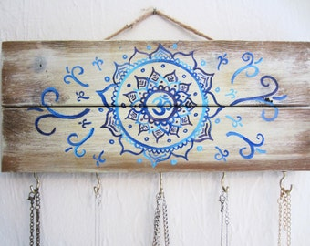 Mandala Sign / Jewelry Holder / Key Holder / Necklace Holder / Key Hook / Necklace Display / Key Hanger / Pallet Sign / Wood Sign / Mandala