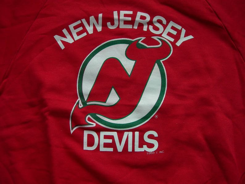 premium selection 8d2cc 8c75c Vintage New Jersey Devils NHL hockey red sweatshirt by LOGO7 made in the  USA New with tags