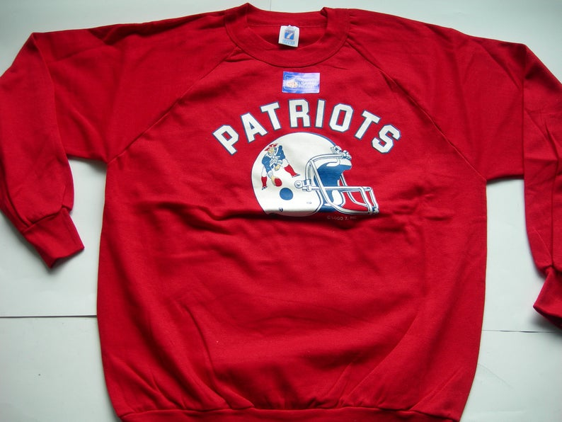 separation shoes 1de3c 0445e Vintage new England Patriots NFL Football red sweatshirt by LOGO7 made in  the USA New size: large