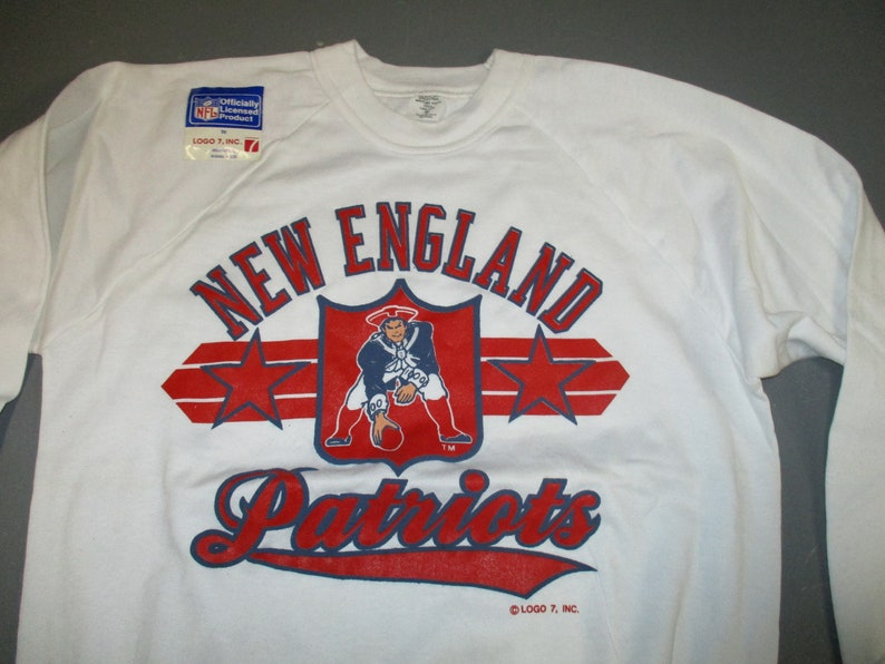 finest selection eea44 34245 Vintage new England Patriots NFL Football white sweatshirt by LOGO7 made in  the USA eigthies New