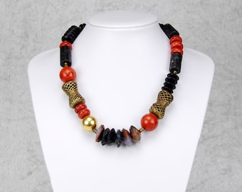 Asymmetrical Necklace in Typical African Colours