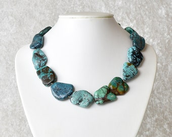 Unique: Turquoise chain in collector's style