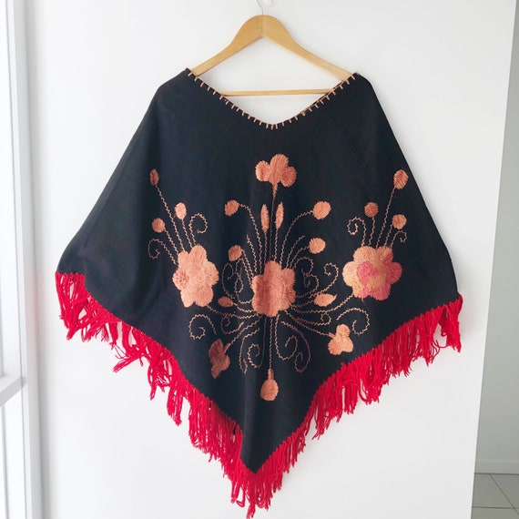 Embroidered Flower Poncho with Fringing / Mexican… - image 2