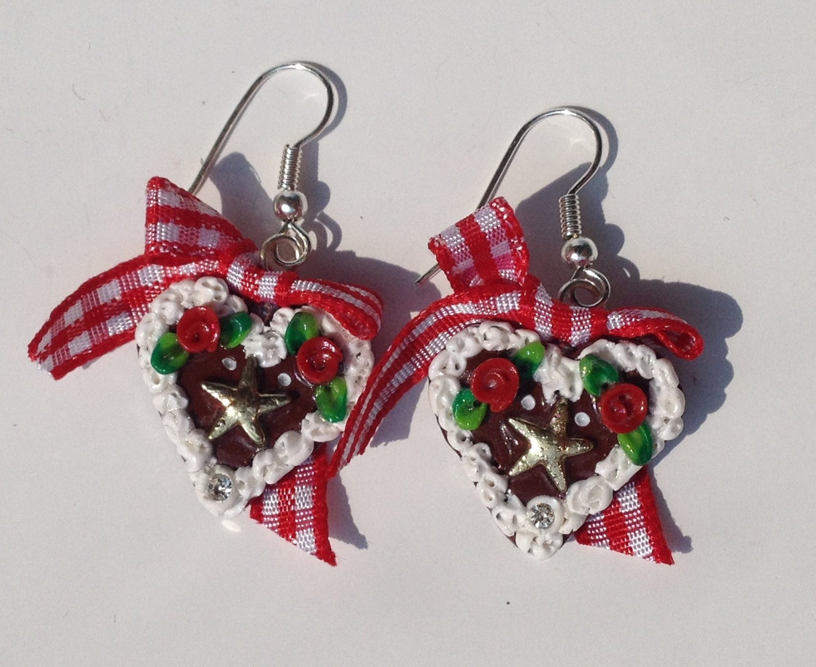 Earrings heart, gingerbread heart red with star, Octoberfest