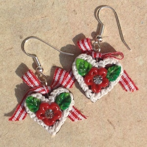 Earrings gingerbread heart flower red checkered bow