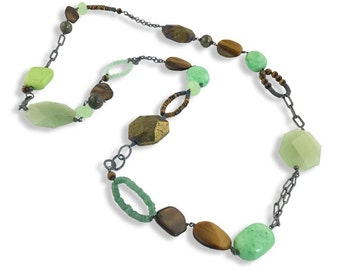 Rocca Skipping Stone Necklace