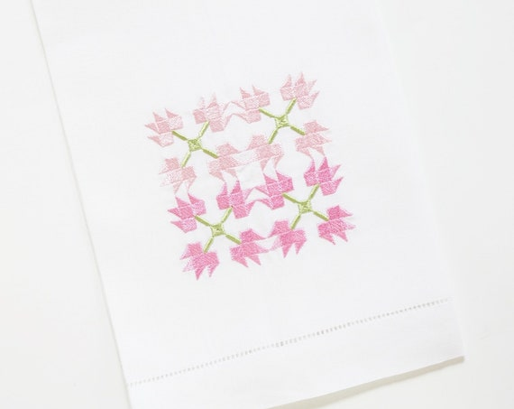 TULIP QUILT PATTERN and Squares Design Embroidered on Towels, Gifts for Quilters, Hand Towels for Kitchen and Bath, Linen or Cotton