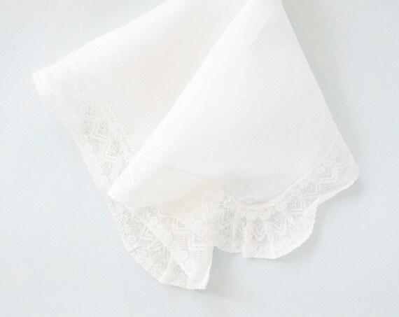 VINTAGE LACE Cotton Handkerchief
