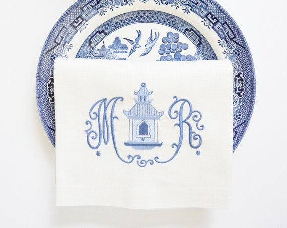 CHINOISERIE BIRDHOUSE Design with WILLIAMSBURG font Embroidered Table Linens
