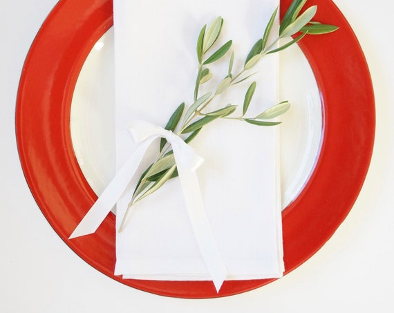 PRE-HOLIDAY SALE Monogrammed Napkins as Featured, 9 Dollars Each, 30% Discount Set of 10, Free Shipping, Christmas, Wedding, Hostess Gift