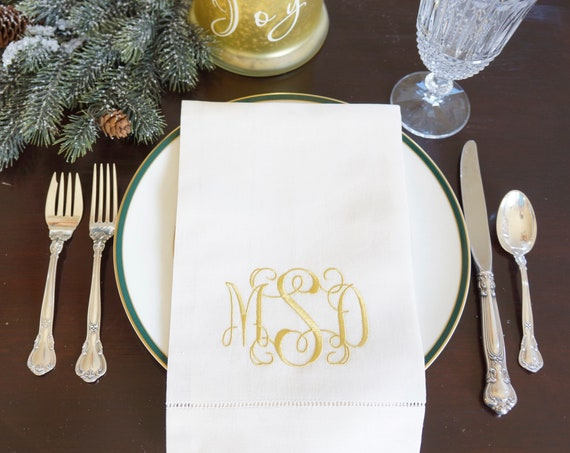 Scroll II Font Monogram Embroidered Dinner Napkins & Guest Hand Towels
