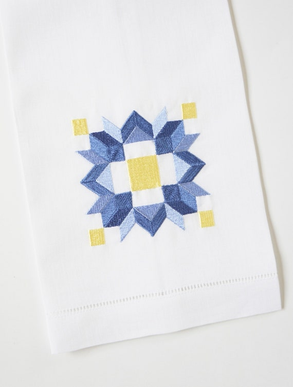 STAR QUILT PATTERN and Squares Design Embroidered on Towels, Gifts for Quilters, Hand Towels for Kitchen and Bath, Linen or Cotton