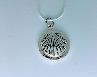 Scallop Shell Pendant Necklace on Sterling Chain / Camino de Santiago / St James / Pilgrim / Beach