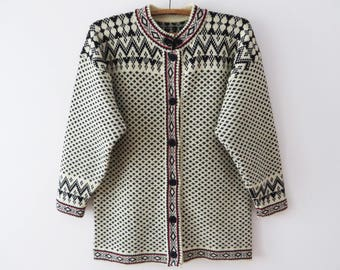 Vintage Nordic Cardigan Warm Wool Sweater Jacket Nordic Design Knitted Pullover Hand Knit Winter Cardigan Norwegian Jacket Size Large Jacket
