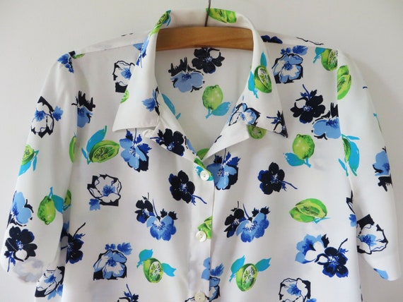 Vintage 80s Floral Viscose Blouse Women Summer Shirt Long Sleeve Blouse Double Breasted Hipster Festival Blouse Gift for Her Medium to Large