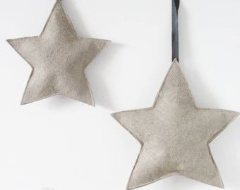 Linen felt star ornaments. (2 pieces)