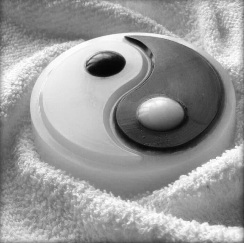 Yin Yang mold, plastic mold, Yin Yang soap, yin yang, soap supplies, ying  yang, yin yang soap mold, unique mold, big plastic mold, food safe