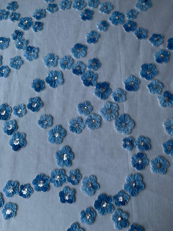 Superbe exclusif fait à la main en perles et et et paillettes pétales de Tulle tissu--4 mètres 9f6eec