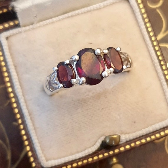 Garnet Ring, Garnet Silver Ring, Vintage Garnet Ri