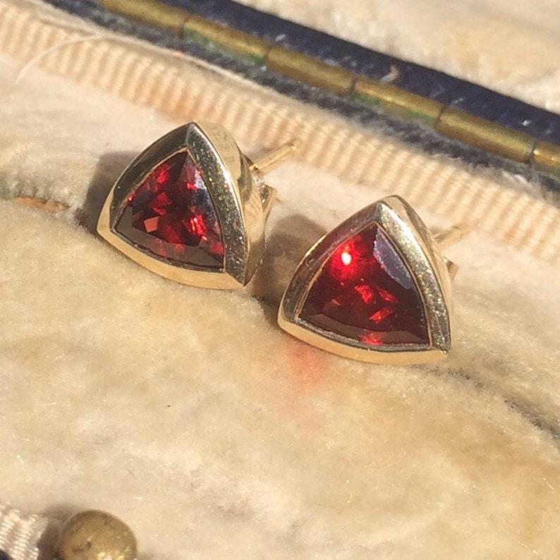 9ct Gold Earrings Garnet Stud Earrings Red Earrings Vintage Jewelry Gemstone Earrings Garnet 9ct Gold Earrings