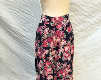 vintage wide leg cropped pants | high waist | palazzo pants | pink, green, white floral on black background | summer pants | size large