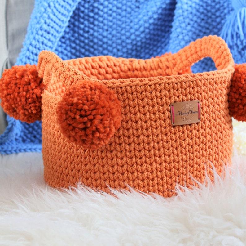 582d95cdeb Fait à la main plusieurs couleurs coton debout Orange Pom Pom | Etsy