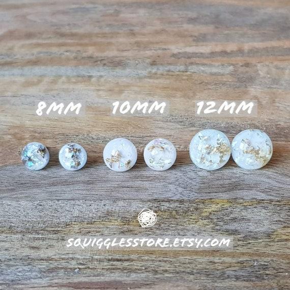Silver Foil Gray Faceted Resin Stud Earrings 12mm