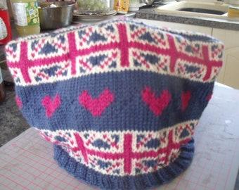 Union Jack tea cosy to fit over a 6-8 cup tea pot