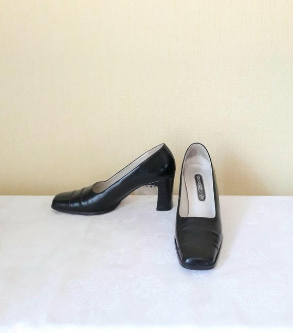 vintage women vegan leather black shoes 10 size bl