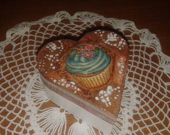 Casket box, jewelry holder decoupage in wood with cupcake container for rings, earrings, gift idea