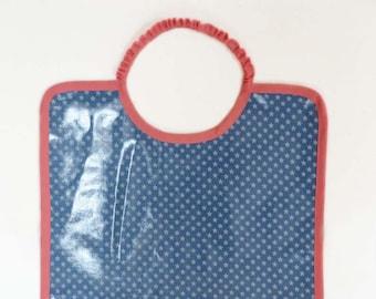 Grand bavoir en coton enduit imperméable motif étoiles gris bleu et rose bébé enfant fille