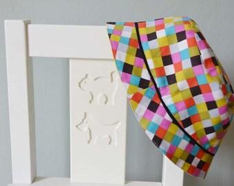 Chapeau bébé, bob bébé, garçon ou fille à carreaux multicolore type Elmer