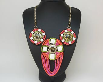 Hot pink necklace / hot pink beaded necklace / hot pink bridesmaid necklace / hot pink jewelry / statement necklace / dark pink necklace