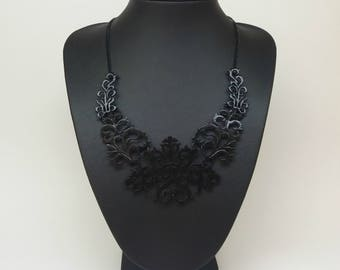 Total Black Bib necklace 9b132f7c39e2