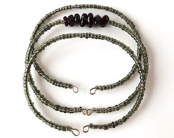 A Little Pizzazz bracelet - memory wire cuff bracelet, garnet chip bracelet, silver filled white seed bead, light grey seed beads, delicate
