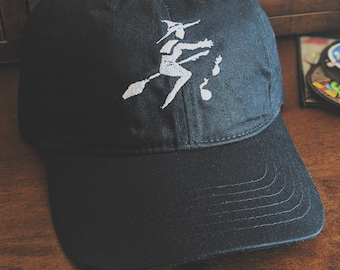Flying Bruja (witch) hat + free shop sticker