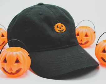 Classic Pumpkin hat (+ free shop sticker)