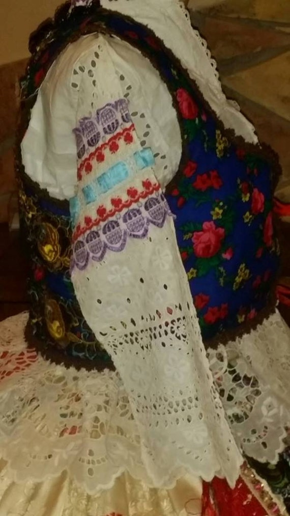 Wonderful hungarian folk costume!