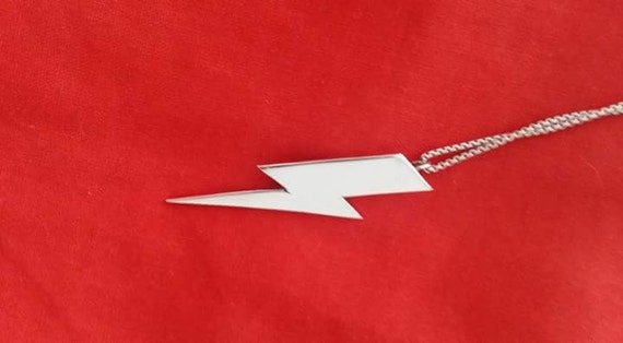 Bowie-esque lightning bolt pendant