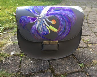 """Hand painted, """"shoulder bag"""" Tulip IV """"of Italian quality leather in the color Taupe."""