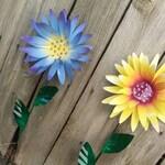Metal Garden Stake, Metal garden Art, Garden Ornament, Metal Garden Decor, Chrysanthemum Flower Garden Stake