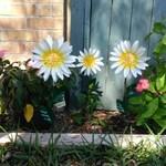 Daisy Flower Garden Stake,  Metal Daisy Garden Stake,  Metal Flower,  Metal Garden Art