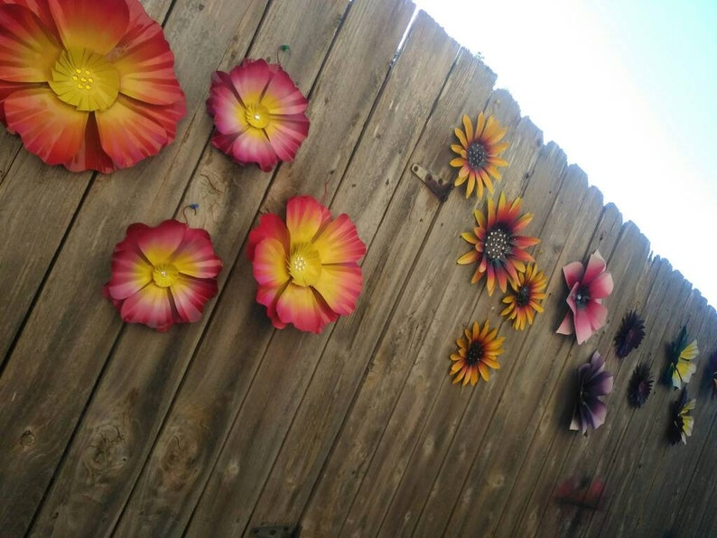 Metal Flowers  Fence Flowers  Fence Decoration  Metal image 0