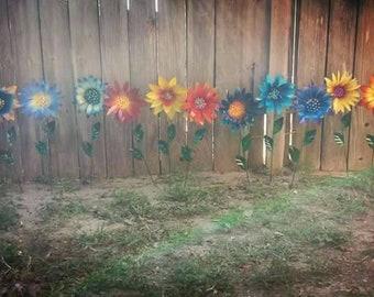 Glittering Flower Garden Stakes, Metal Garden Stakes, Yard decoration, Metal Flower, Metal Art, Garden Decor