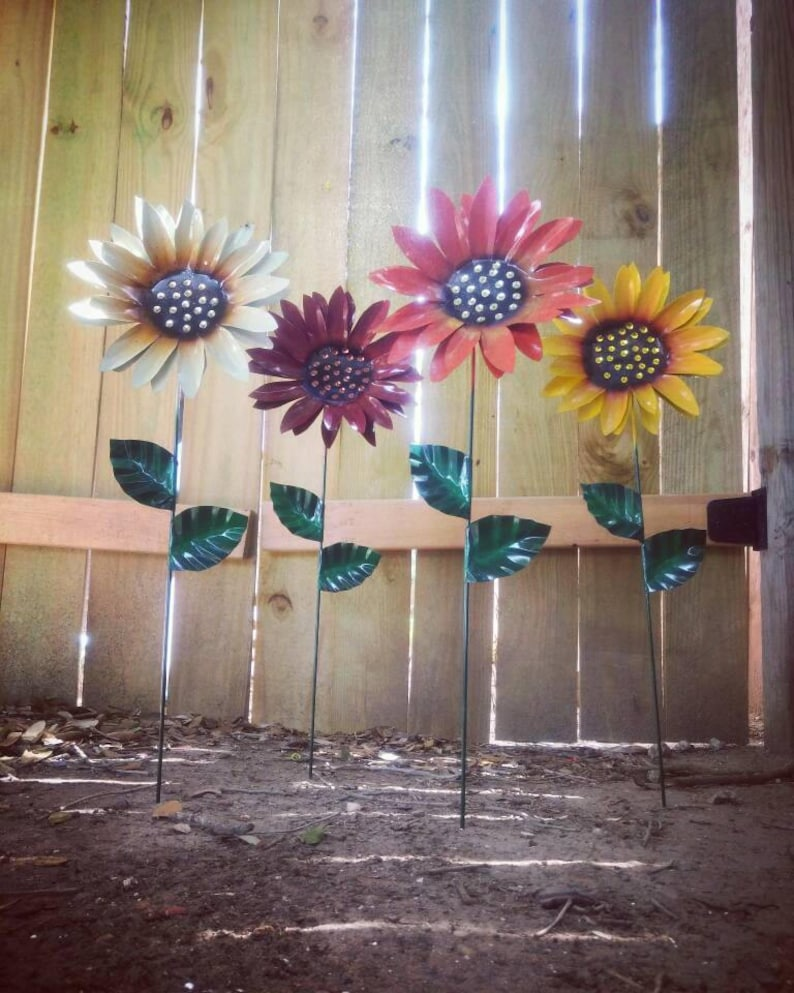 Metal Flower Garden Stake  Metal Sunflower Garden Art  Metal image 0