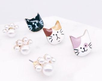 Cat stud earrings; cat pierce; meow; cat lover; cat; cats accessories; cat pearl; pearl earrings
