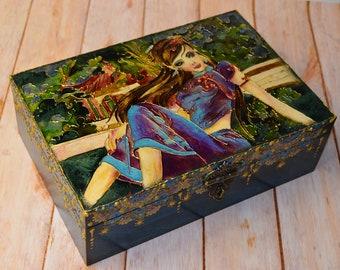 "Wood box ""Girl"""
